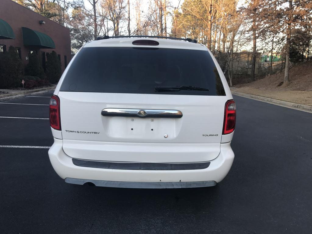 2005 Chrysler Town and Country for sale at Georgia True Auto Sales in Alpharetta GA