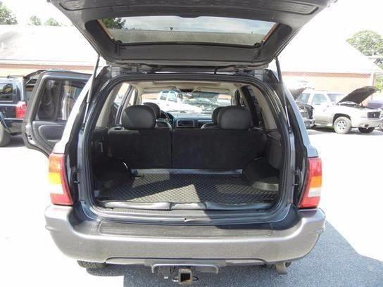 2004 Jeep Grand Cherokee 4dr Laredo 4WD SUV - Lynchburg VA