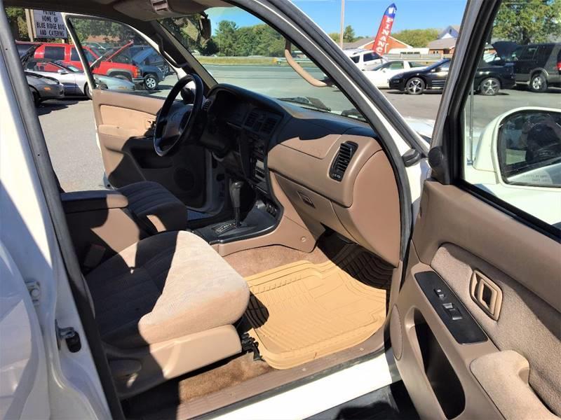 2000 Toyota 4Runner SR5 4dr SUV - Lynchburg VA