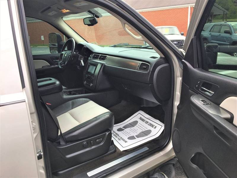 2007 Chevrolet Tahoe LT 4dr SUV 4WD - Lynchburg VA