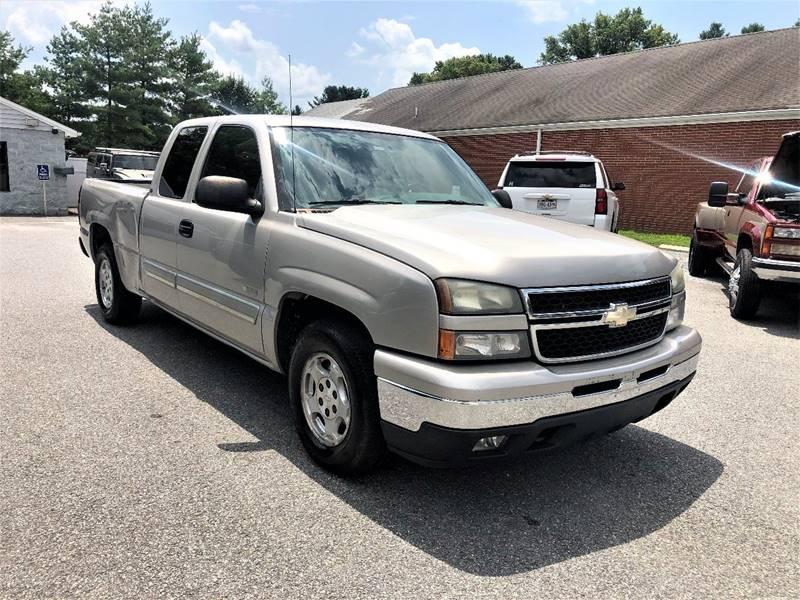 2007 Chevrolet Silverado 1500 Classic LT1 4dr Extended Cab 6.5 ft. SB - Lynchburg VA