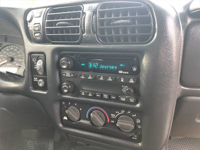 2002 Chevrolet Blazer LS 4WD 2dr SUV - Lynchburg VA