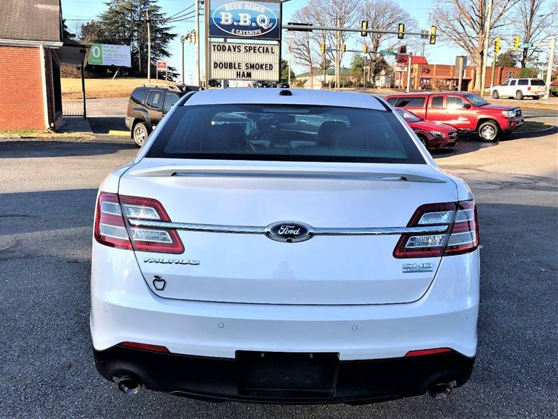 2013 Ford Taurus AWD SHO 4dr Sedan - Lynchburg VA