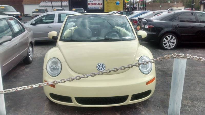 2006 Volkswagen New Beetle 2.5 2dr Convertible w/Automatic - Hammond IN