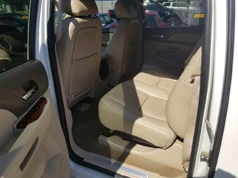 2011 Chevrolet Avalanche 4x4 LTZ 4dr Crew Cab Pickup - Hammond IN
