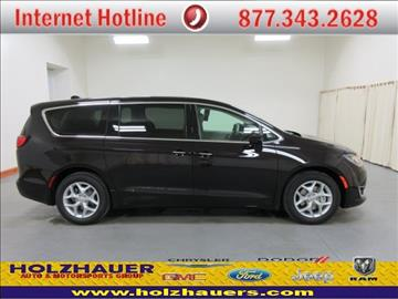 2017 Chrysler Pacifica for sale in Nashville, IL
