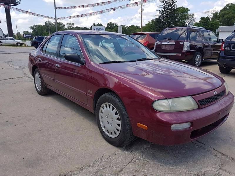 1994 Nissan Altima SE 4dr Sedan - Kansas City MO