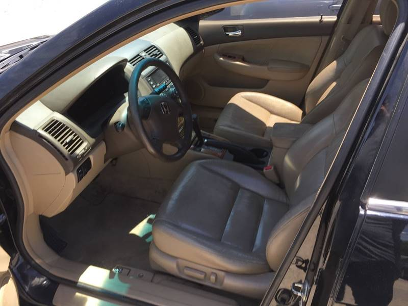 2004 Honda Accord EX V-6 4dr Sedan - Kansas City MO