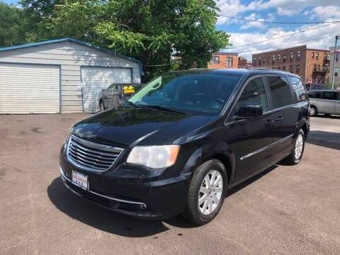 2016 Chrysler Town and Country for sale at DYNAMIC CARS in Baltimore MD