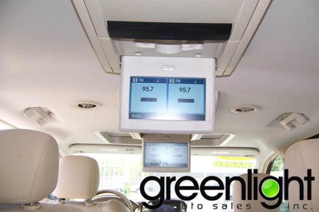 2008 Chrysler Town and Country for sale at Green Light Auto Sales INC in Miami FL