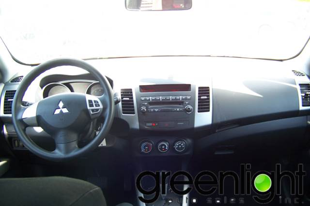 2008 Mitsubishi Outlander for sale at Green Light Auto Sales INC in Miami FL
