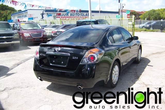 2009 Nissan Altima for sale at Green Light Auto Sales INC in Miami FL