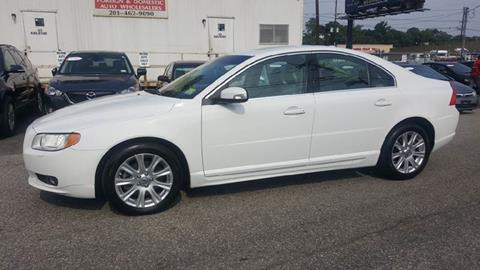 2009 Volvo S80 for sale at MENNE AUTO SALES LLC in Hasbrouck Heights NJ