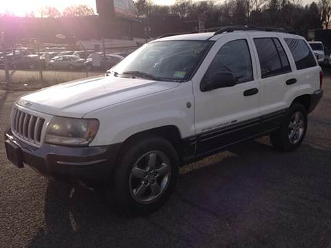 2004 Jeep Grand Cherokee for sale at MENNE AUTO SALES in Hasbrouck Heights NJ