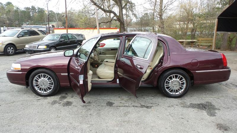 2006 Lincoln Town Car Designer Series 4dr Sedan In Roswell Ga E