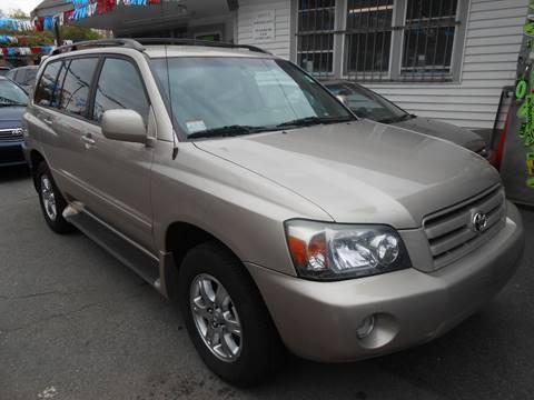 2005 Toyota Highlander for sale in Roslindale, MA