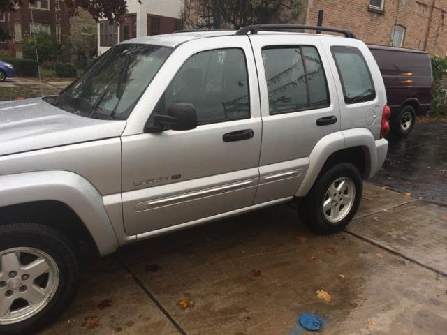 2002 Jeep Liberty for sale at RIVER AUTO SALES CORP in Maywood IL