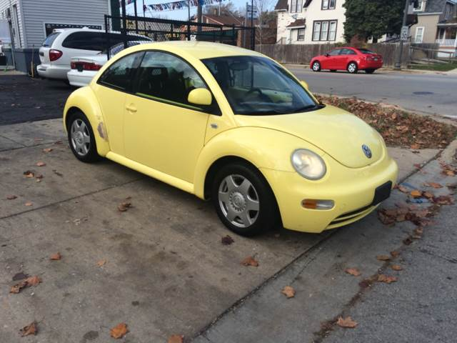 1999 Volkswagen New Beetle for sale at RIVER AUTO SALES CORP in Maywood IL