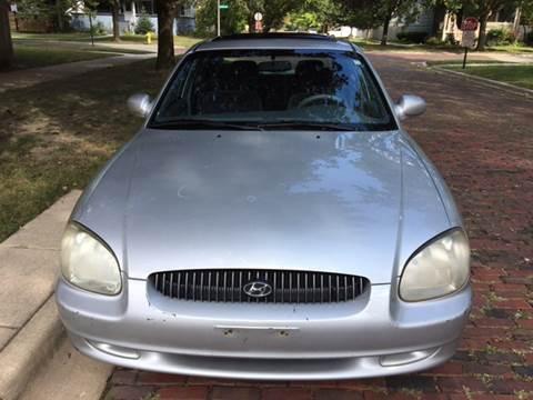 2001 Hyundai Sonata for sale in Maywood, IL