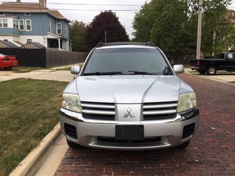 2004 Mitsubishi Endeavor for sale at RIVER AUTO SALES CORP in Maywood IL