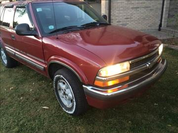 1998 Chevrolet Blazer for sale at RIVER AUTO SALES CORP in Maywood IL