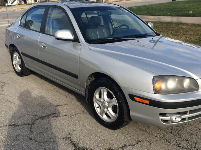 2004 Hyundai Elantra for sale at RIVER AUTO SALES CORP in Maywood IL