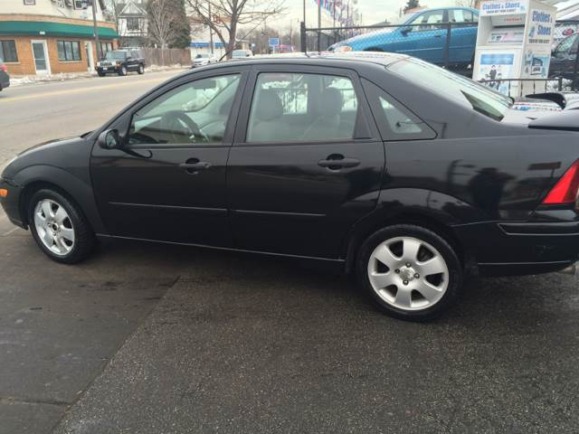 2002 Ford Focus for sale at RIVER AUTO SALES CORP in Maywood IL