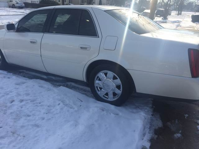 2001 Cadillac DeVille for sale at RIVER AUTO SALES CORP in Maywood IL
