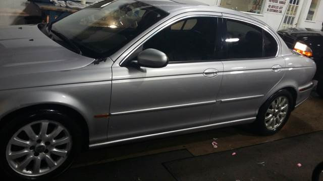 2002 Jaguar X-Type for sale at RIVER AUTO SALES CORP in Maywood IL