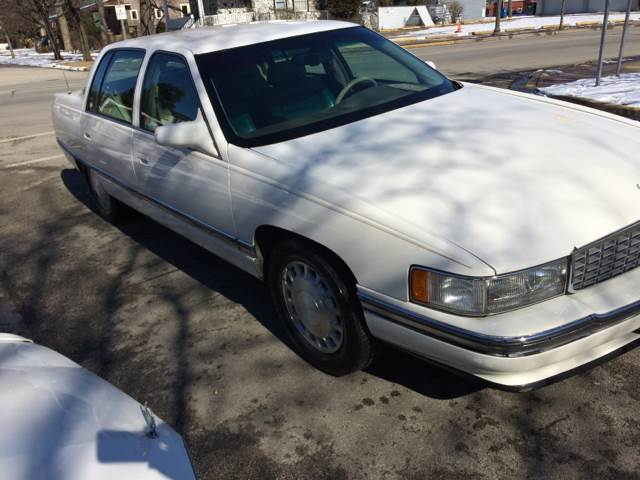 1996 Cadillac DeVille for sale at RIVER AUTO SALES CORP in Maywood IL