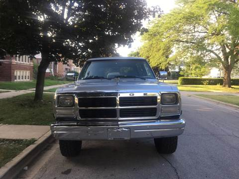 1992 Dodge Ramcharger for sale at RIVER AUTO SALES CORP in Maywood IL