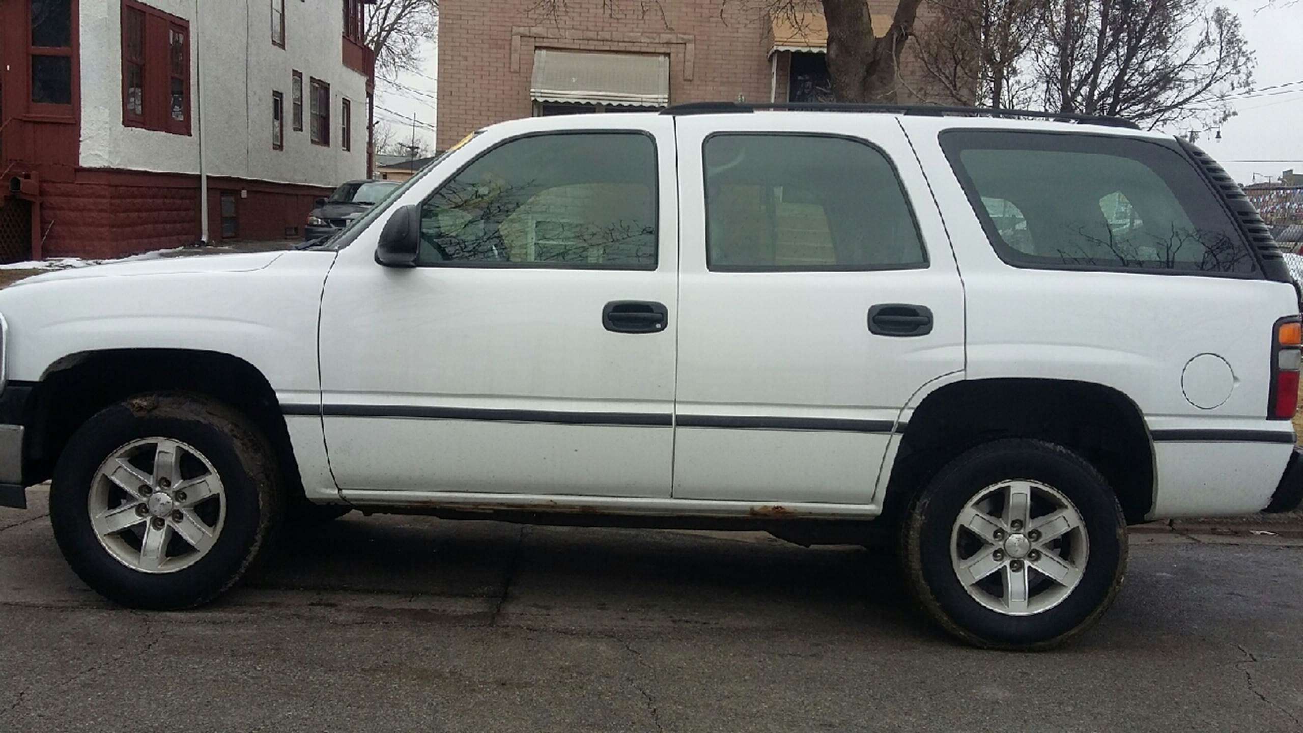 2004 Chevrolet Tahoe for sale at RIVER AUTO SALES CORP in Maywood IL