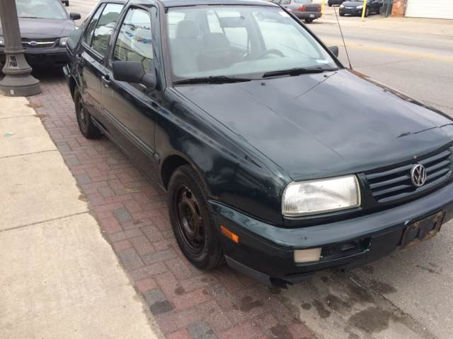 1999 Volkswagen Jetta for sale at RIVER AUTO SALES CORP in Maywood IL