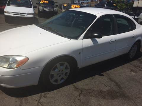 2001 Ford Taurus for sale at RIVER AUTO SALES CORP in Maywood IL