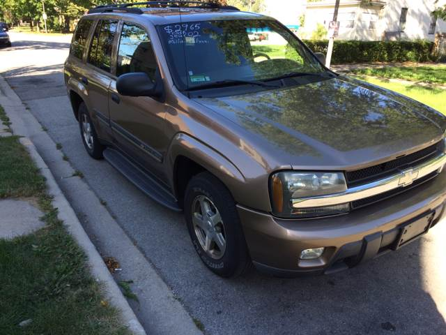 2002 Chevrolet TrailBlazer for sale at RIVER AUTO SALES CORP in Maywood IL