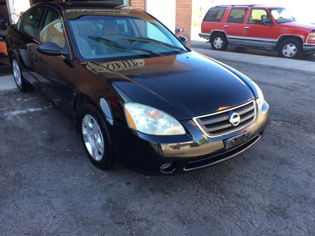 2003 Nissan Altima for sale at RIVER AUTO SALES CORP in Maywood IL