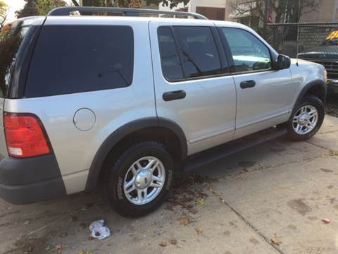 2003 Ford Explorer for sale at RIVER AUTO SALES CORP in Maywood IL