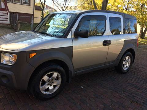 2003 Honda Element for sale at RIVER AUTO SALES CORP in Maywood IL