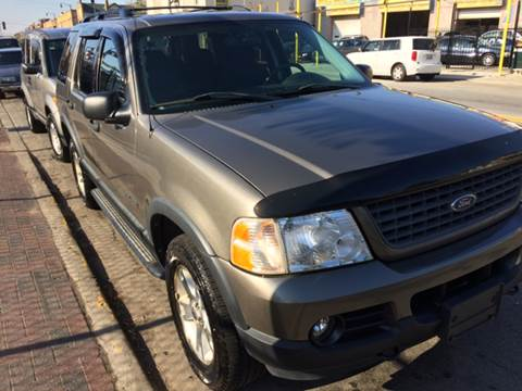 2004 Ford Explorer for sale at RIVER AUTO SALES CORP in Maywood IL
