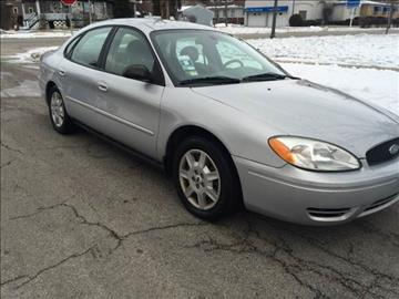 2005 Ford Taurus for sale in Maywood, IL