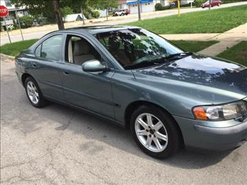 2002 Volvo S60 for sale at RIVER AUTO SALES CORP in Maywood IL