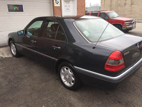1995 Mercedes-Benz C-Class for sale at RIVER AUTO SALES CORP in Maywood IL