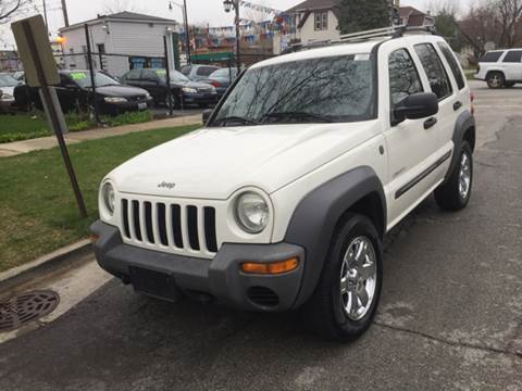 2004 Jeep Liberty for sale at RIVER AUTO SALES CORP in Maywood IL