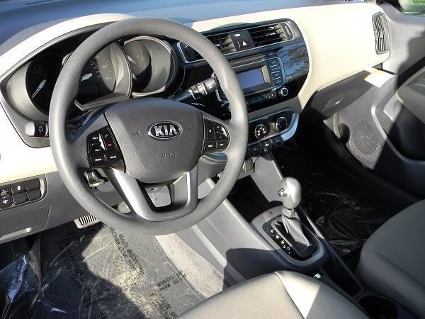 2017 Kia Rio LX 4dr Sedan 6A - San Antonio TX