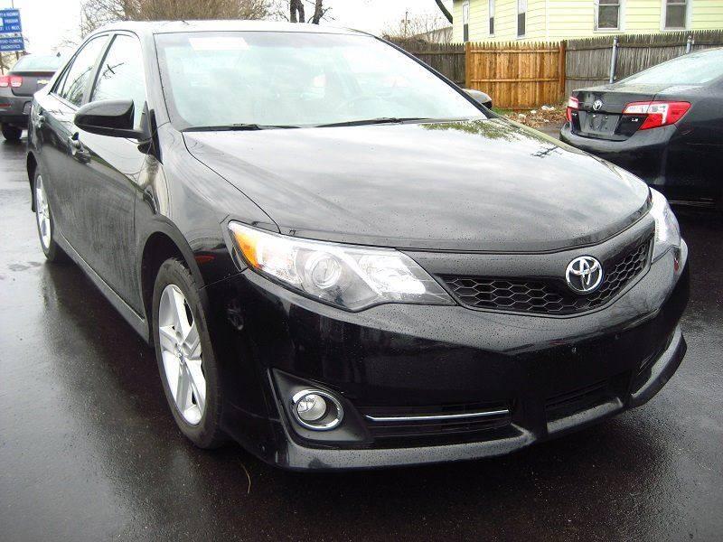 2014 Toyota Camry SE 4dr Sedan - Rochester NY
