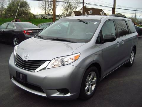 2013 Toyota Sienna for sale in Rochester, NY