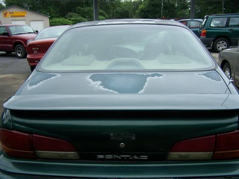 1994 Pontiac Bonneville SSE 4dr Sedan - Mayfield PA