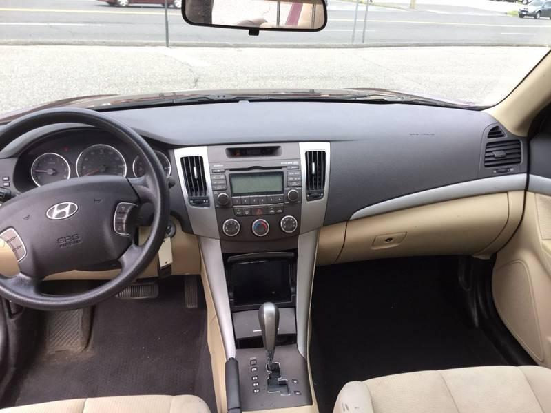 2010 Hyundai Sonata GLS 4dr Sedan - New Milford CT