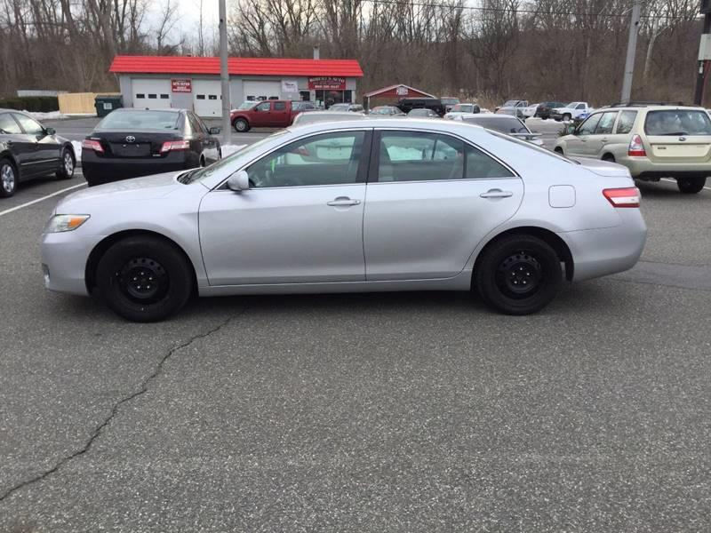 2011 Toyota Camry LE 4dr Sedan 6A - New Milford CT