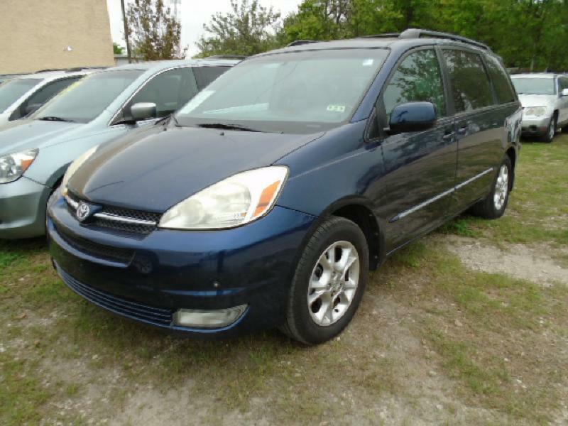 2005 TOYOTA SIENNA XLE blue air conditioning power windows power locks power steering tilt wh